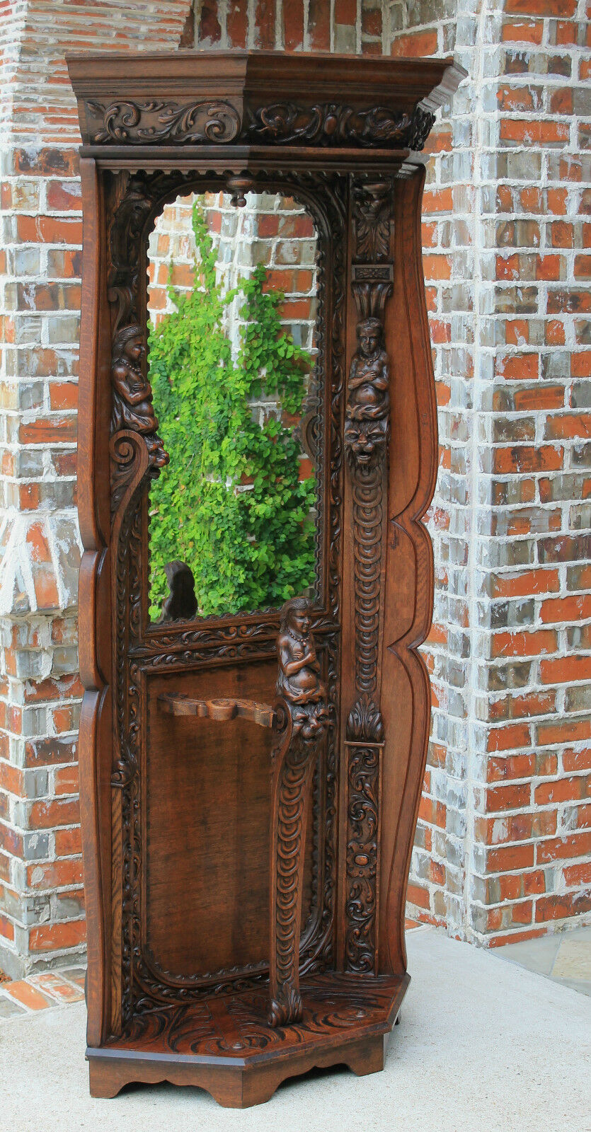 antique french renaissancerevival portemanteau mirrored. Black Bedroom Furniture Sets. Home Design Ideas