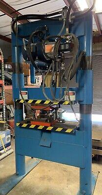 50 Ton Hydraulic Press Beckwood Model 5038 50-ton Hydraulic Two Post Press