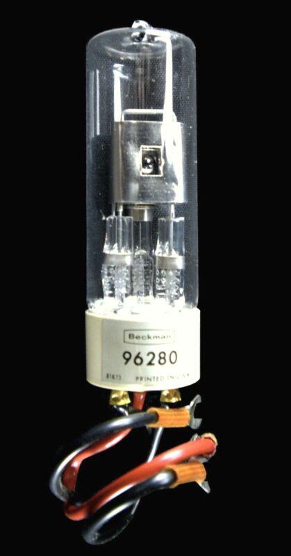 Beckman 96280 Deuterium Lamp Bulb Spectrophotometry NIB COMMERCIAL SURPLUS