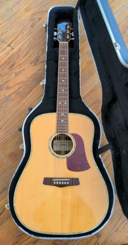 Aria Model AW930 AW 930 Acoustic Guitar Serial #97030004 & Hard Case