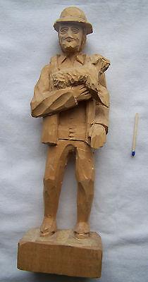 Figur Holzfigur Schäfer mit Schaf geschnitzt