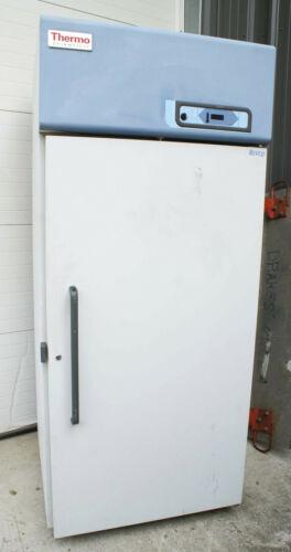 THERMO FISHER ScientifRevco Laboratory Refrigerator LAB FRIDGE Cooler 29.2 ft