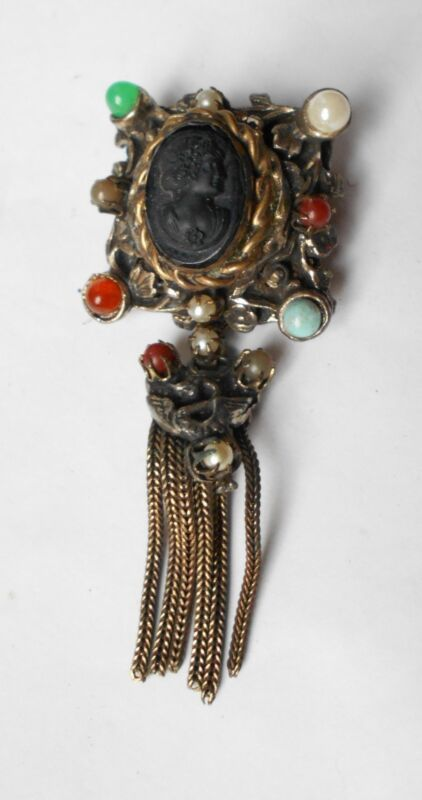 ANTIQUE 19th ornate VICTORIAN MOURNING CAMEO BROOCH.  ESTATE FRESH.