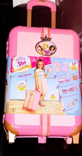 NEW DISNEY  PRINCESS STYLE COLLECTION PLAY SUITCASE AGES 4+
