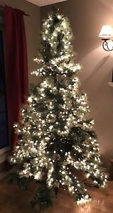 Christmas tree 6.5 ft