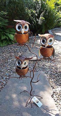 Eulen. Eulenbaum mit drei Eulen aus Metall. Eyecatcher von Bali- Paradies