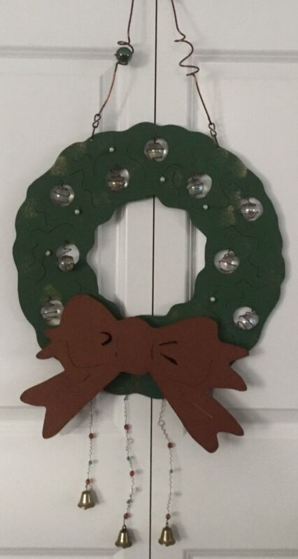 "Metal Christmas Wreath 17"" Diameter *HEAVY*"