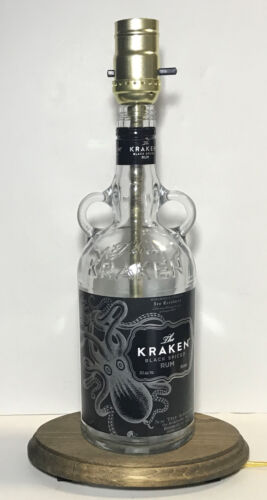 THE KRAKEN BLACK SPICED RUM Liquor Bottle TABLE LAMP Light Wood Base Bar Lounge