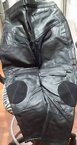 RJAYS LEATHER MOTORCYCLE PANTS SIZE 40 Glenmore Park Penrith Area Preview