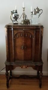 ANTIQUE MUSIC/RADIO CABINET SALE WAS 200. NOW 70.