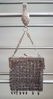 Vintage Metal Mesh Purse with silver hook & 2 compartments