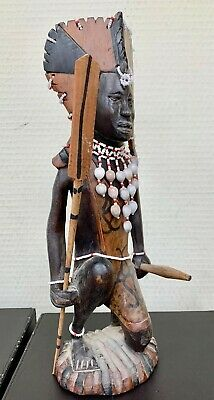 Pretty Statue African - Fighter With Set of Bed Linen Pearls