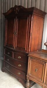 Beautiful 2 Piece Armoire/TV Unit!
