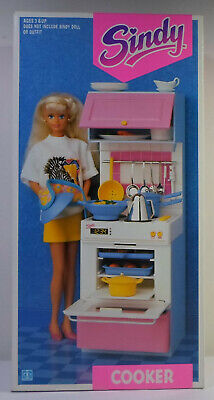 HASBRO VTG 1991 SINDY COOKER FOR DOLL HOUSE C-023C EUROPEAN BOXED MISP SEALED