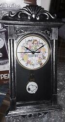 NIB Peanute Classic Wall Clock Pendulum !