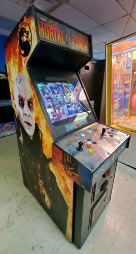 MORTAL KOMBAT 4 Full Size Fighting Arcade Video Game Machine! WORKS GREAT!