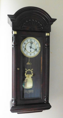 Gorgeous Howard Miller Jennison Wall Clock Model 612-221  Complete & Working