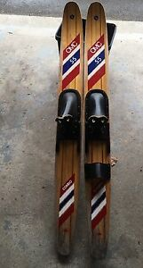 Vintage Water Skis  OMC 55