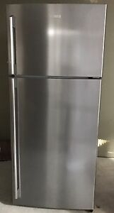 Electrolux fridge (price  to go and not negotiable, urgent sale) Balmain Leichhardt Area Preview