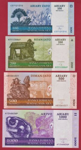 100 Ariary, 200 Ariary, 500 Ariary & 1,000 Ariary MADAGASCAR UNC 2004 BANKNOTES