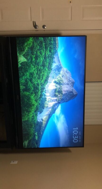 82 Inch TV Mitsubishi 1080P DLP TV Local Pickup Only