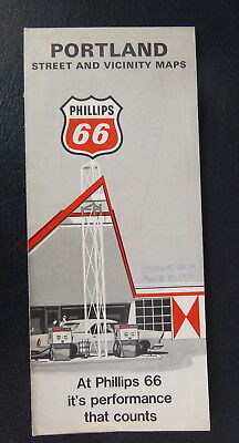 1969 Portland Oregon  street map Phillips 66  oil  gas schools marked Vancouver