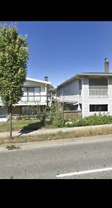 $2000 / 3br - 1200ft2 - Central location 49ave&Knight Upper lvl)