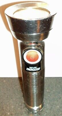 EVEREADY Energizer vintage Ribbed Metal Flashlight Union Carbide USA with loop