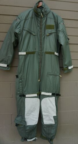 Mustang MAC100 Aviation Coverall Survival Suit, size Large Regular  (Lkr1)