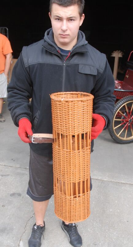 Horse drawn real wicker large size umbrella basket - holds canes & umbrellas