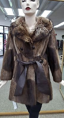 "Natural Muskrat Fur Full Skin 32"" Jacket with Raccoon Collar and Belt - size 6-8, used for sale  Milwaukee"