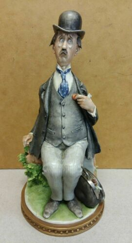 GIUSEPPE CAPPE Capodimonte WORRIED DOCTOR 99062 figurine statue MADE IN ITALY