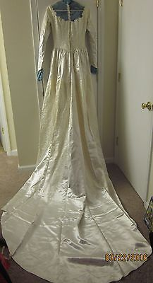 Gorgeous Vintage 1950s Wedding Dress Satin Lace Cathedral Train