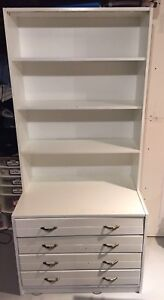 Shelf / Cabinet for free