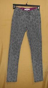 Isaac Mizrahi Jeans womens gray animal fabulous mid rise skinny slim pants 2 $99