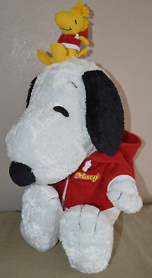 Macy's Snoopy and Woodstock