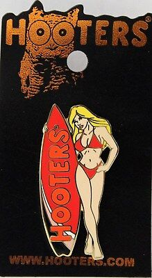 HOOTERS SEXY SURFER GIRL BLONDE RED SURFBOARD RED BIKINI BATHING SUIT LAPEL PIN