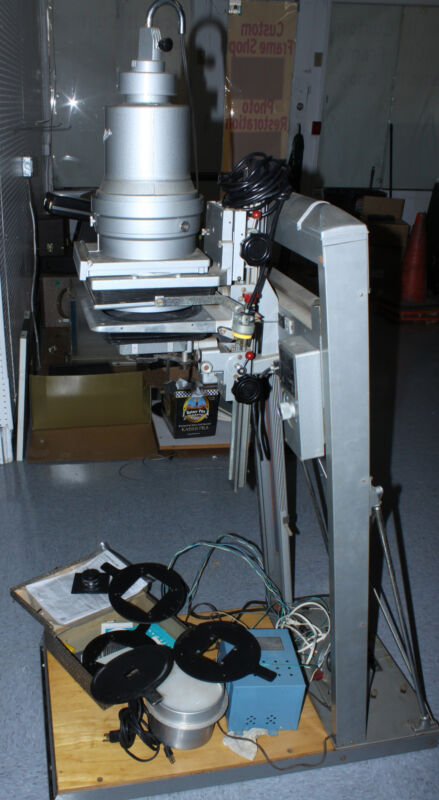BESELER CB7 PHOTOGRAPHIC DARKROOM ENLARGER WITH ACCESSORIES AND MANUAL