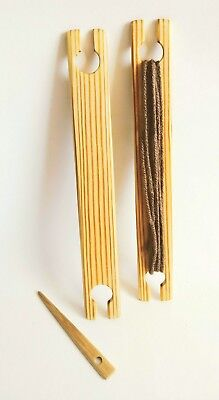 2 Pack 8 inch weaving stick shuttles with weaving needle.