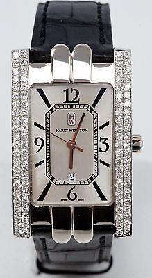 Harry Winston Avenue 92 Diamond 18k White Gold Leather Ladies Quartz Watch LV529