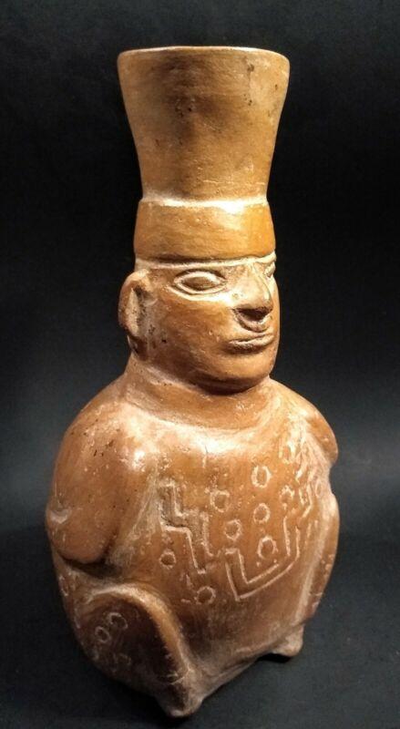 Pre Columbian  Mochica Prisoner Vessel - PERU - Circa 500 to 800 AD