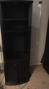 Set of 2 cabinets