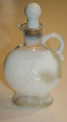 Vtg Opalescent Decanter Milk Glass Wreath Star Pattern Jim Beam