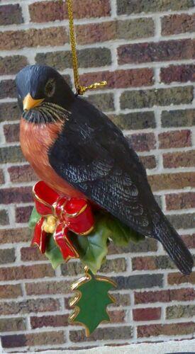 2009 Danbury Mint Robin Songbird Bird Holiday Annual Christmas Tree Ornament