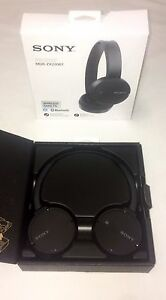 SONY Bluetooth NFC Headphones With Built-In Microphone