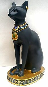 Egyptian-Cat-Goddess-Bast-Bastet-Ornament-Black-With-Golden-Base-And-Earring