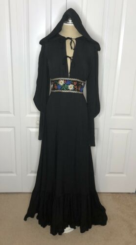 RARE 1970s Hooded Gunne Sax Dress Vintage