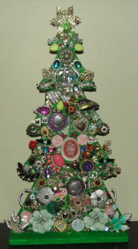 Battery Operated Lighted Jewelry Christmas Tree