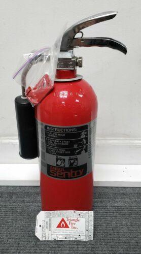 Ansul Sentry CD05A Sentry 5 Carbon Dioxide Fire Extinguisher, 5B:C, 5LB