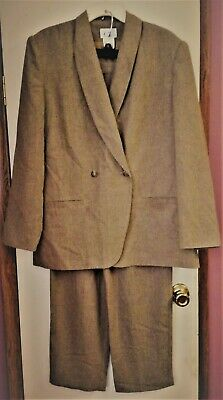 Cricket Lane Beige 2-PC Pant Suit ~SZ 14